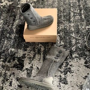 UGG gray classic cardy boots size 7